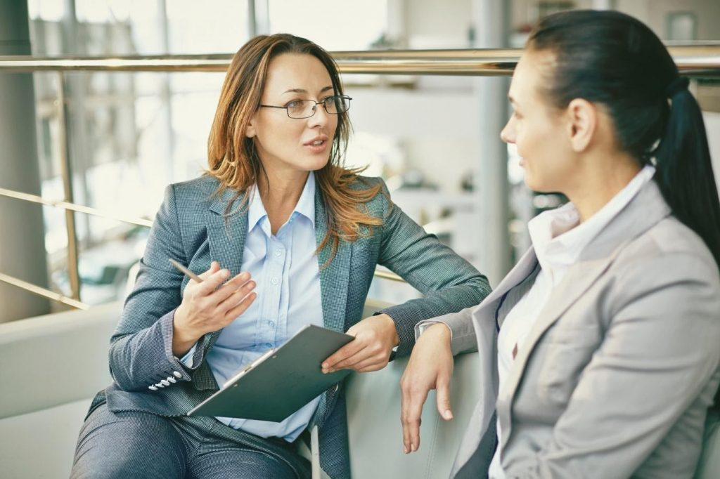 Factors to consider when hiring business consultancy services